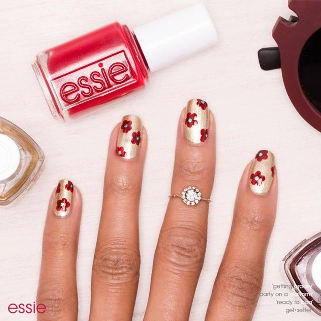 mod metallic flowers, nail art by essie looks