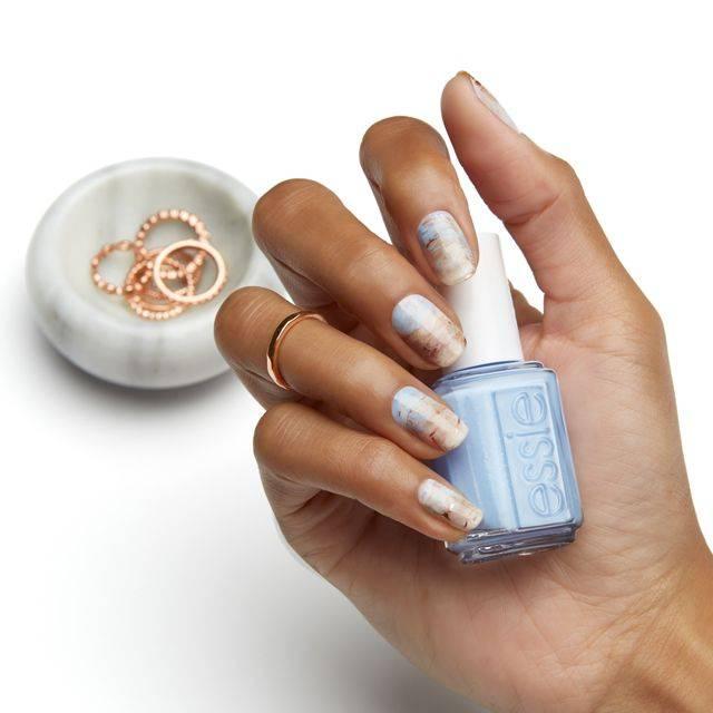 neutral marble- nail art - essie looks