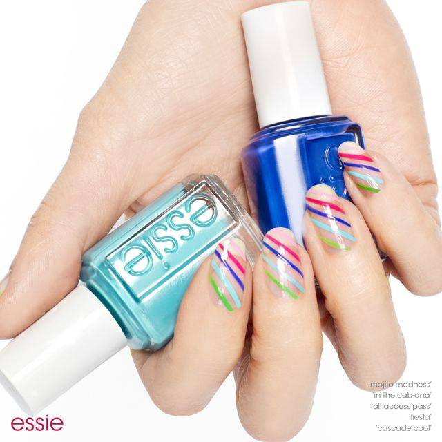 ShowYourStripes_NailArt-compressor