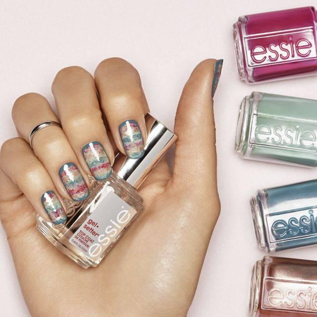 texture blur, nail art by essie look